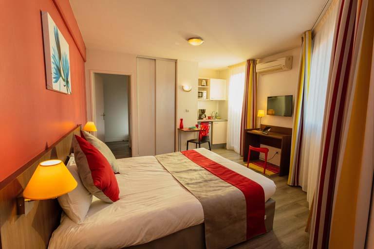 appart h tel mer golf city perpignan centre mer et. Black Bedroom Furniture Sets. Home Design Ideas
