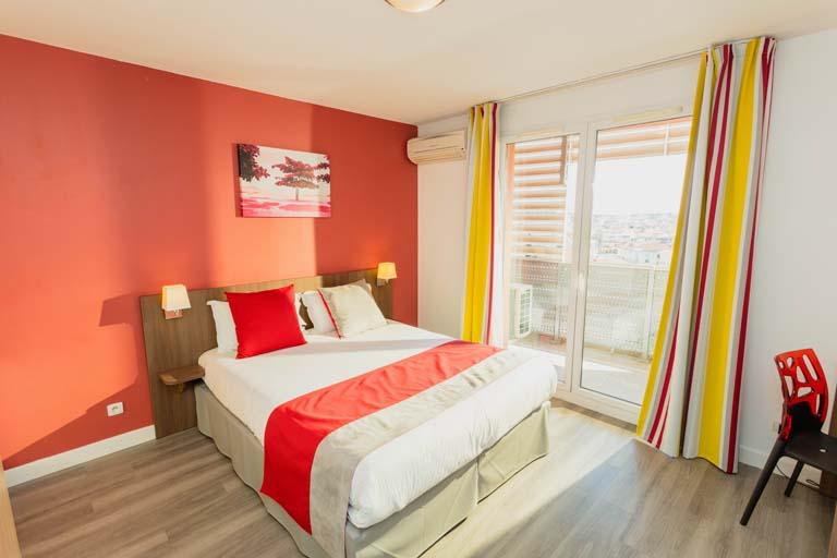 appart h tel perpignan centre mer et golf. Black Bedroom Furniture Sets. Home Design Ideas